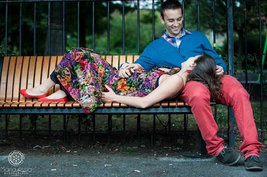 Angel Regent's Canal Colourful & Intimate Maternity shoot
