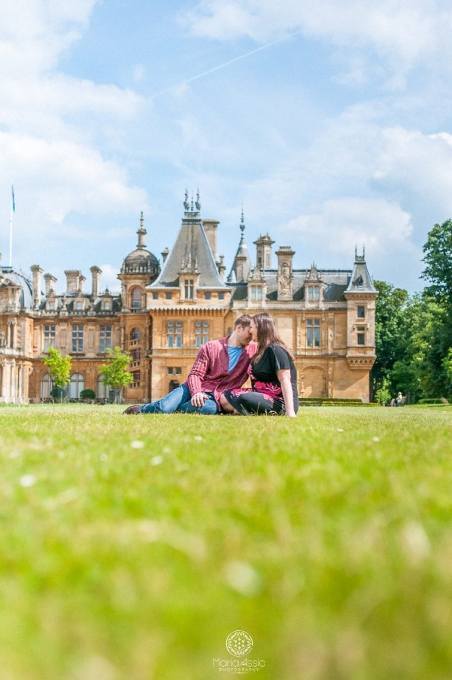 Waddesdon Manor sunny pre-wedding photoshoot