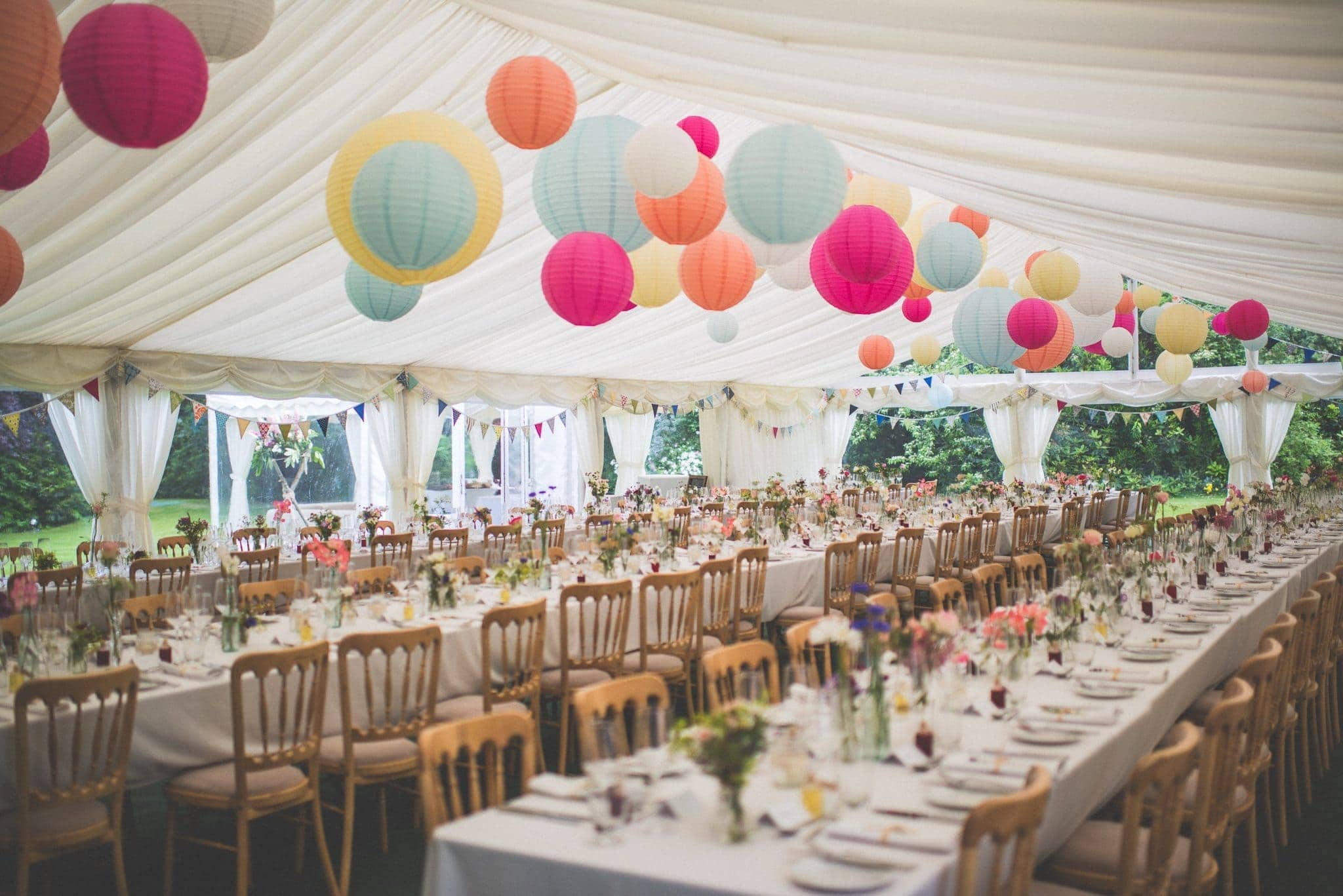 Colourful lanterns for an Alice in Wonderland look