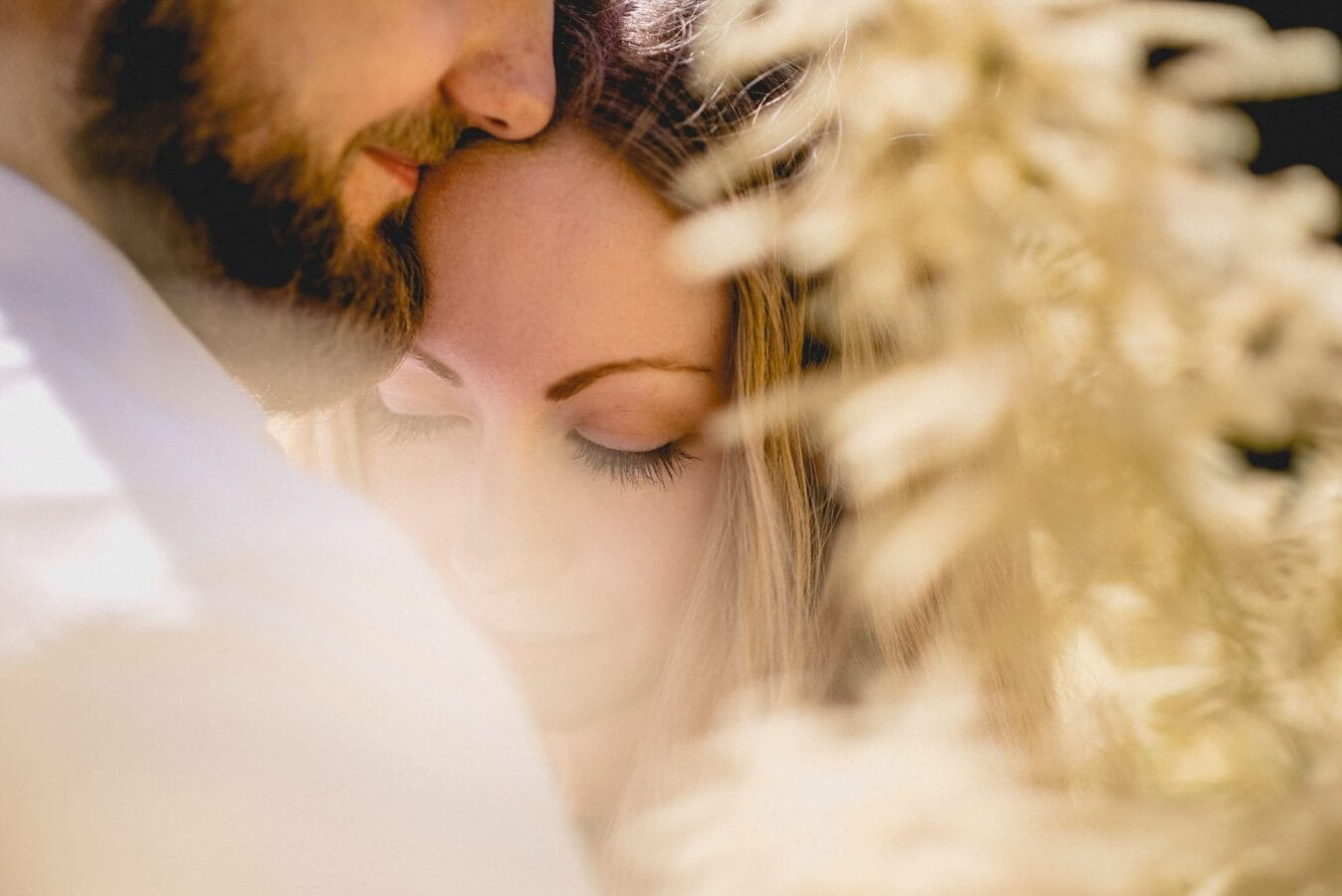 Find the best wedding photographer for you in 7 easy steps