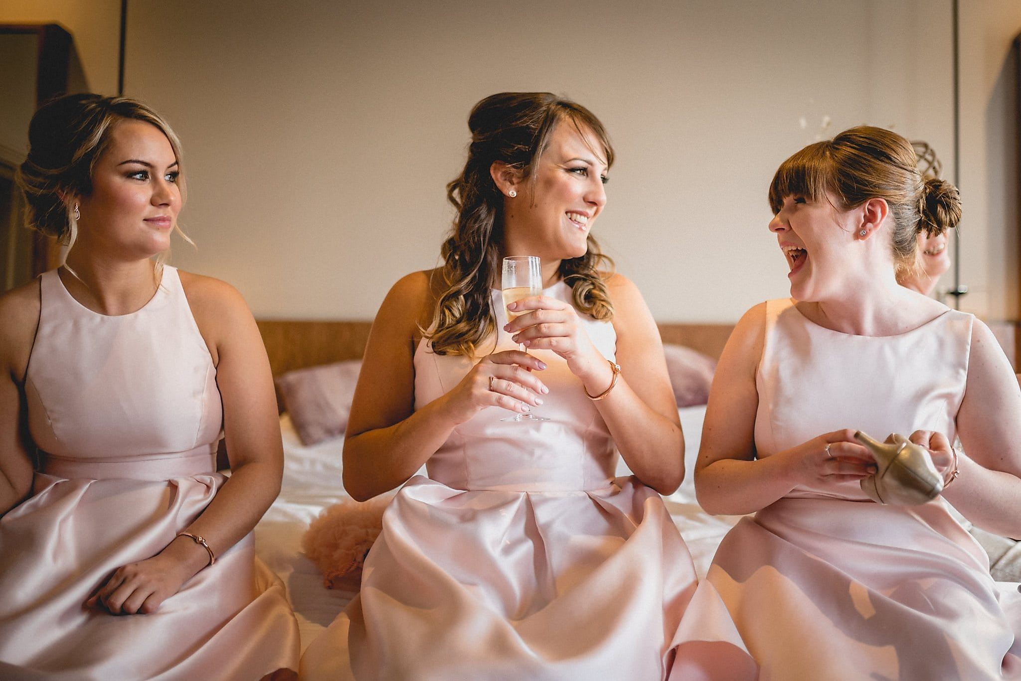 7 easy steps to help you love your wedding photos