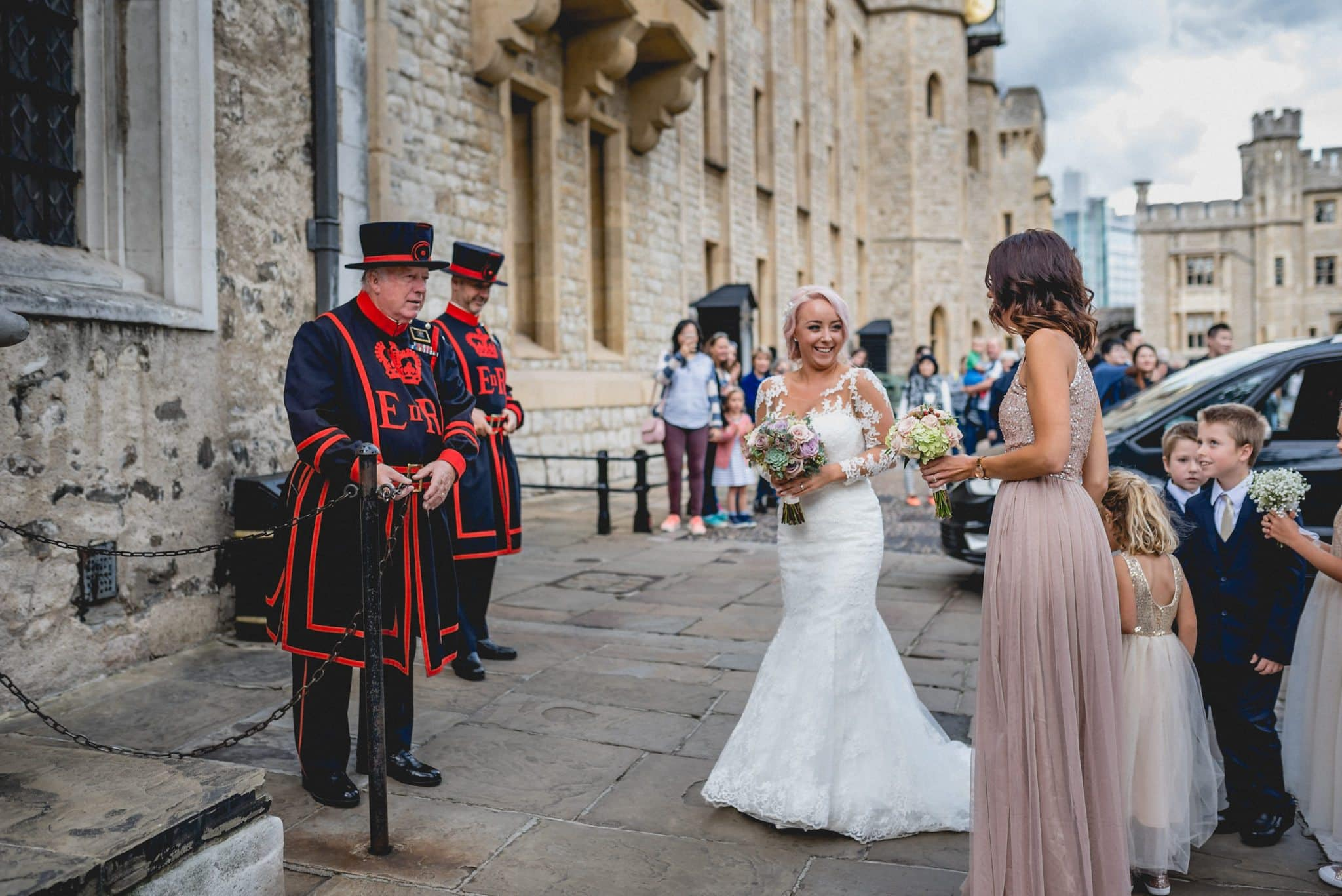 Bride greeted by Yeoman Warders at the Tower of London