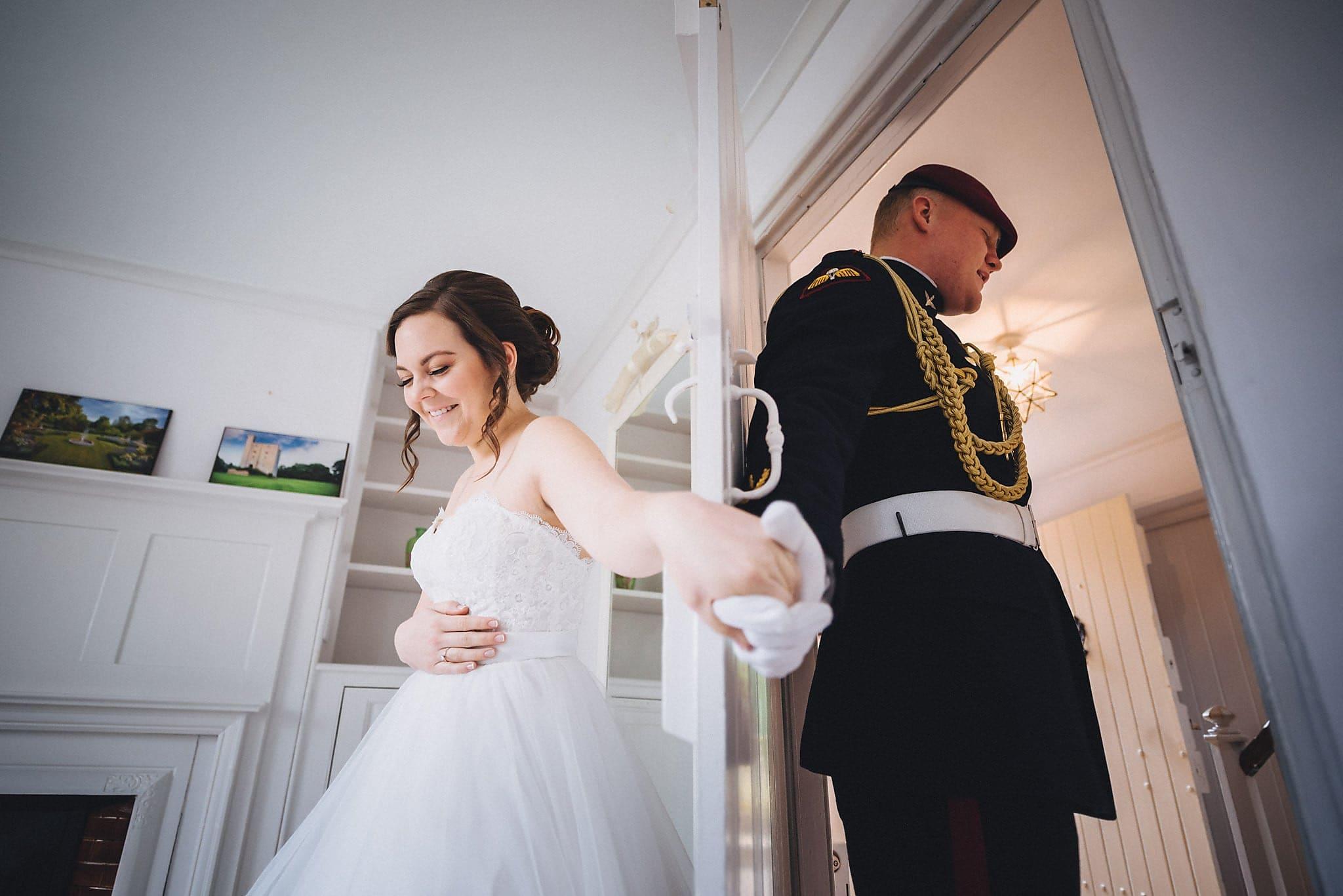 Heddingham Castle Wedding by Documentary Wedding Photographer Maria Assia Photography