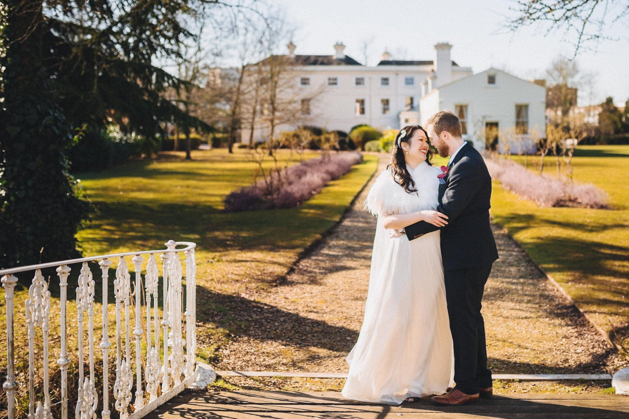 A Sunny Fusion Morden Hall Wedding | Maria Assia Photography