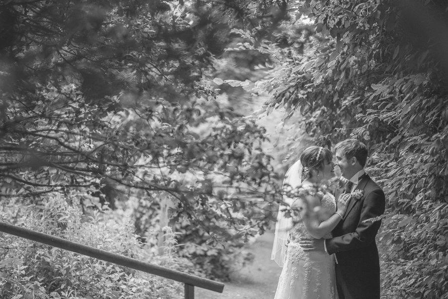 Summer Rustic Kent Barn Wedding   Maria Assia Photography