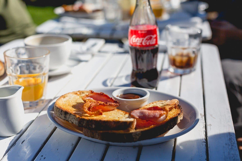 Bacon sandwich - the wedding day breakfast of champions